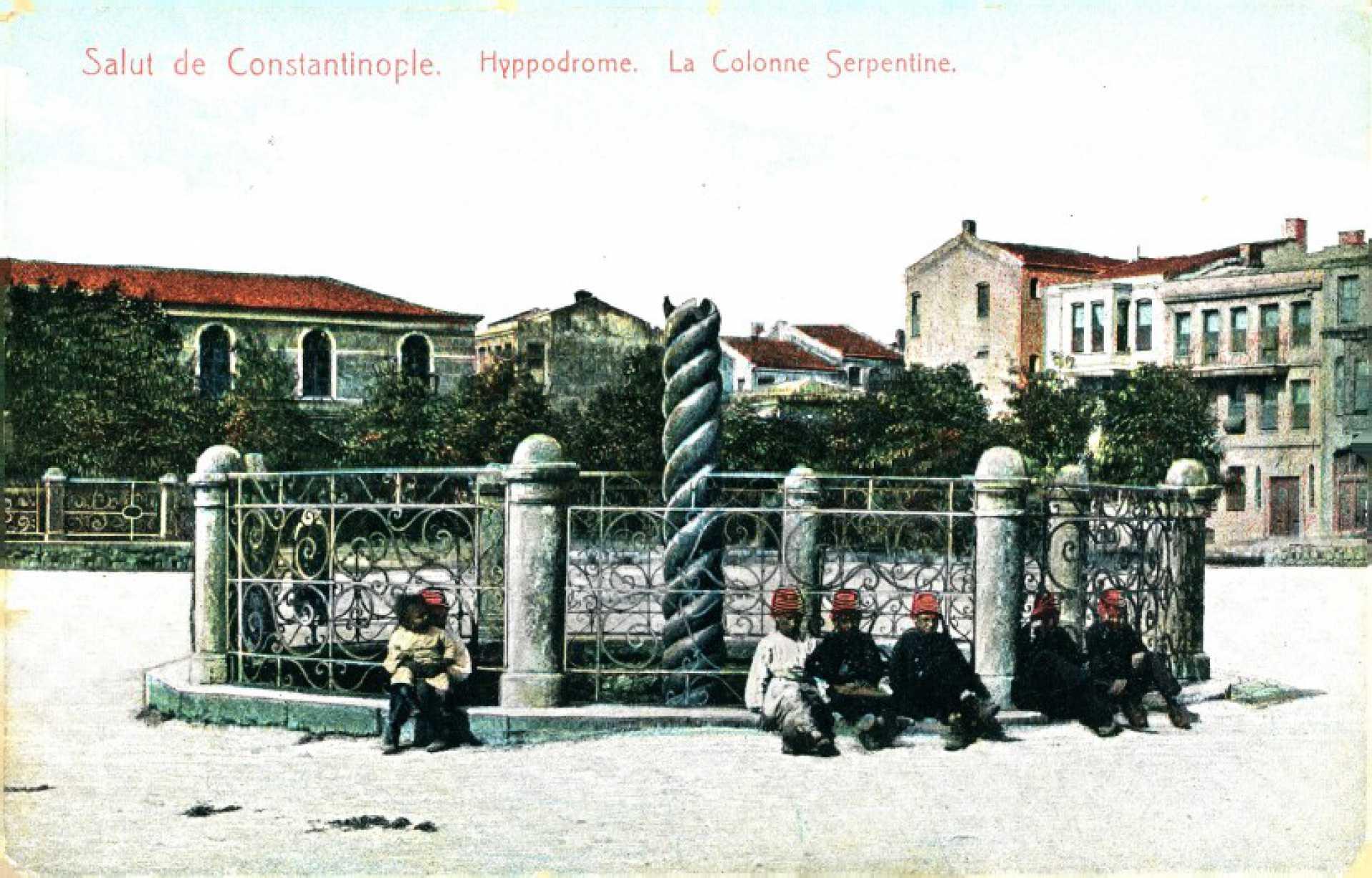 La colonne Serpentine. Hyppodrome
