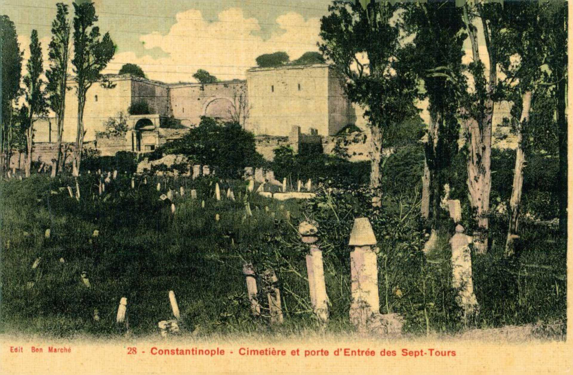 Cimetiere et porte d'Entree des Sept-Tours