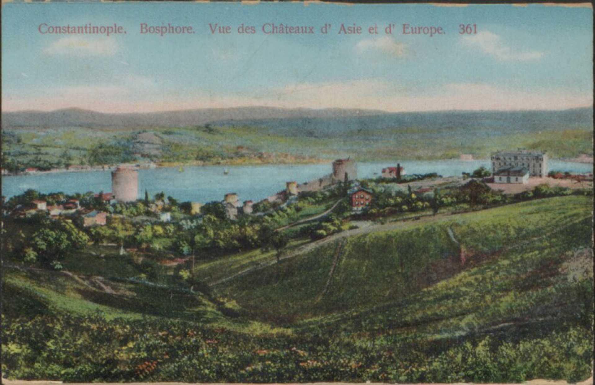 Bosphore – vue des chateaux d'Europe et d'Asie