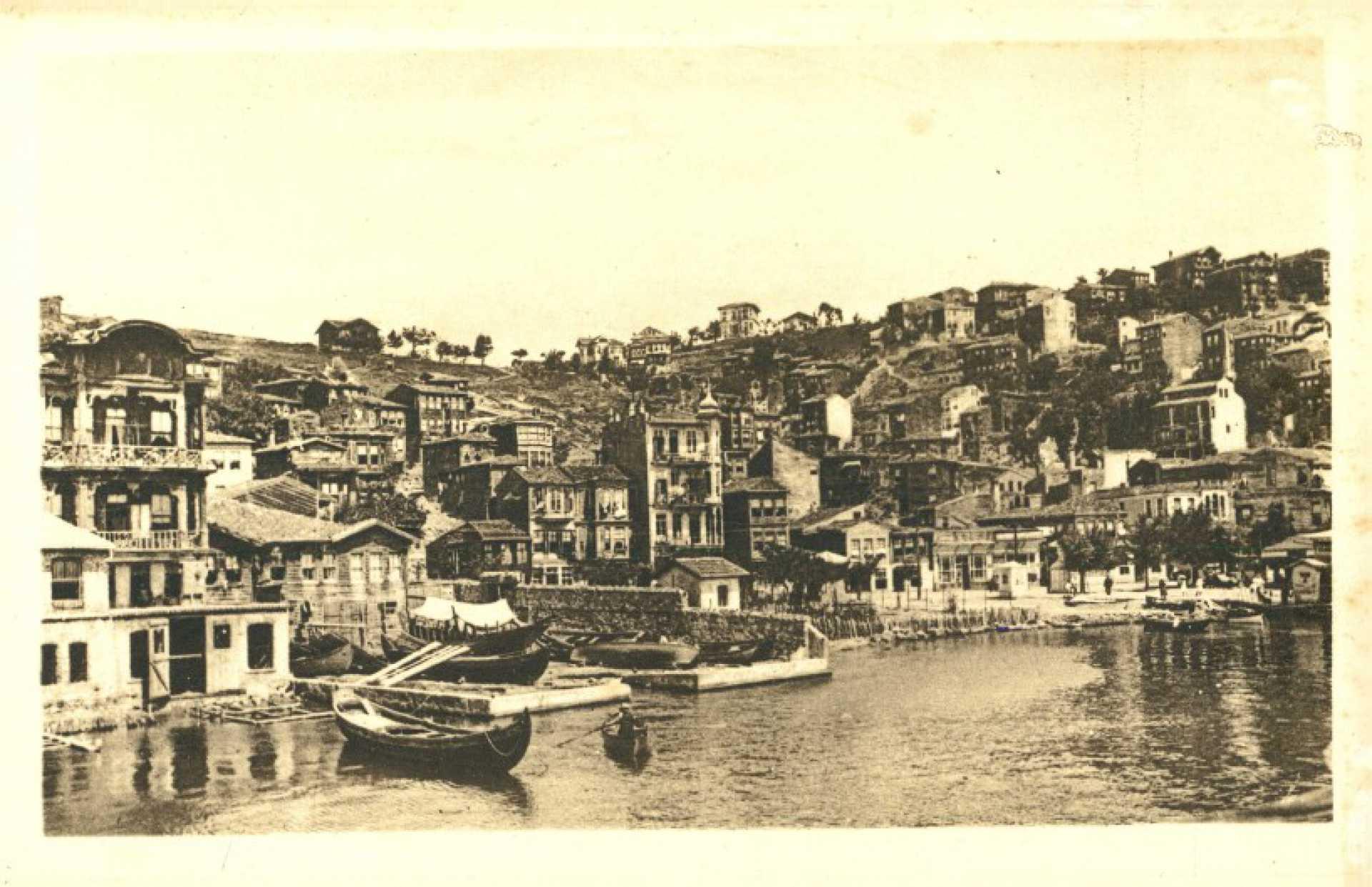 Anatoli Kavak sur le Bosphore