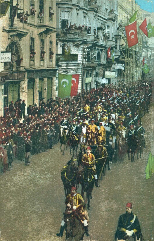Constantinople. S. M. I. le Sultan se rendant au Parlement