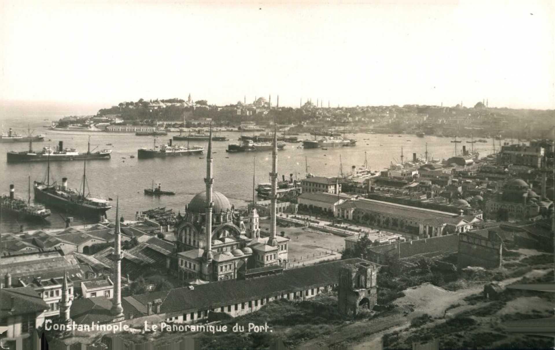 Constantinople. Le Panoramique de Port