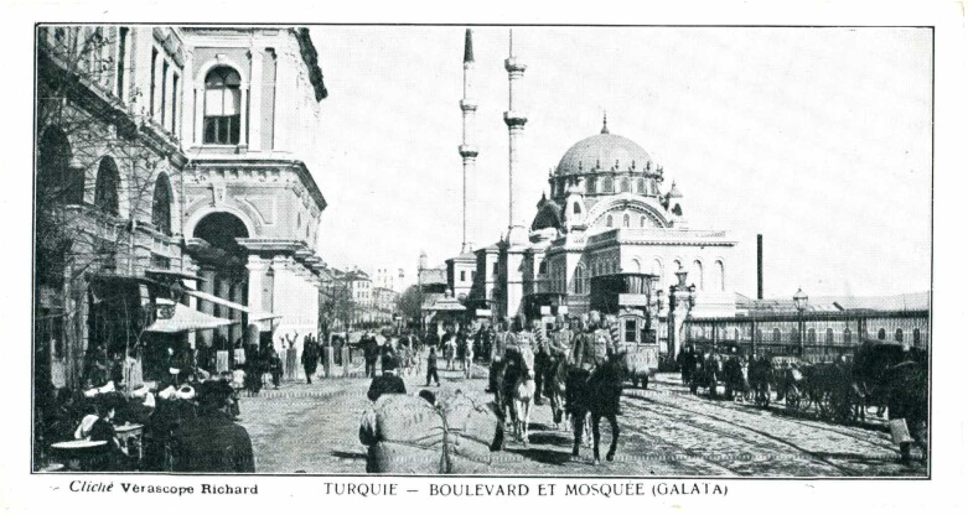 Turquie – Boulevard et Mosquee (Galata)