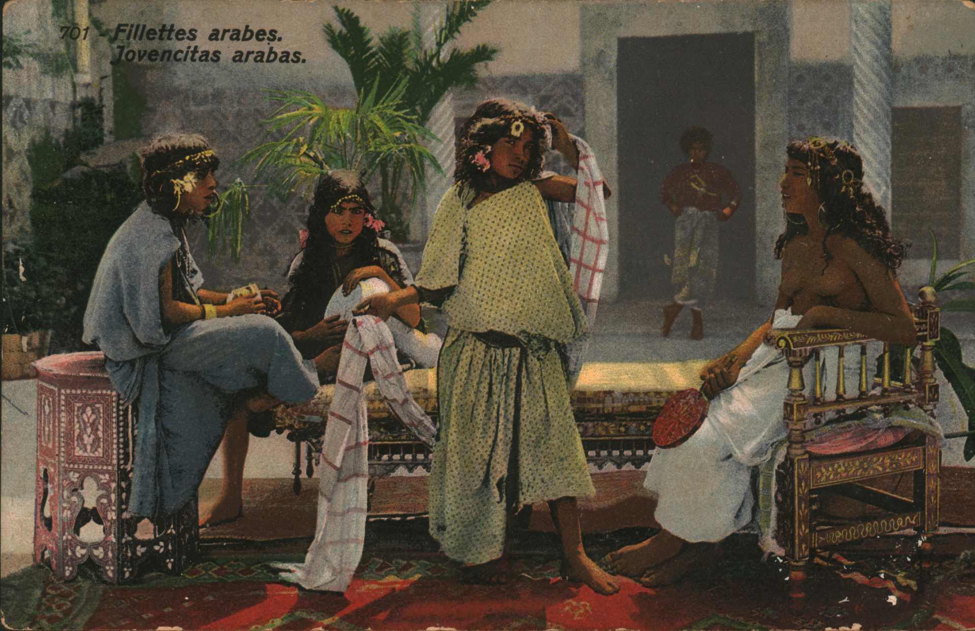 Fillettes arabes. Jovencitas arabas