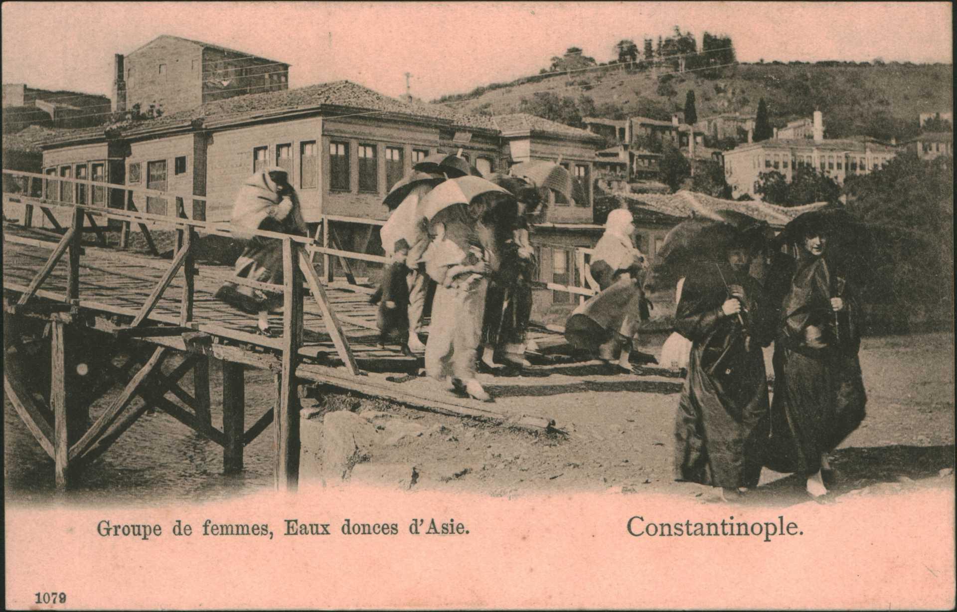 Groupe de femmes. Eaux donces d'Asie – Constantinople